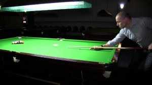Spiro_playing_pool