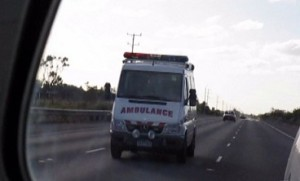 Ambulance_in_mirror