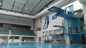 Spiro_jumping_off_10_metre_diving_platform